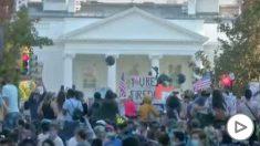 Celebración demócrata frente a la Casa Blanca.