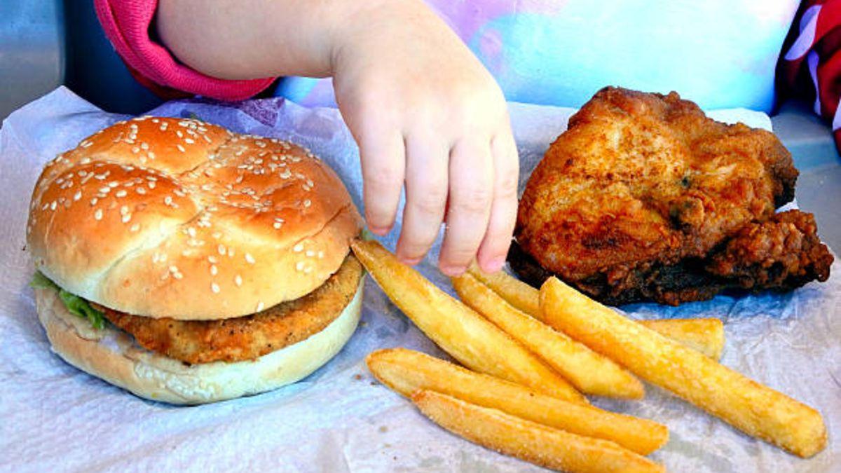 Pautas para que podamos evitar la obesidad infantil de los niños