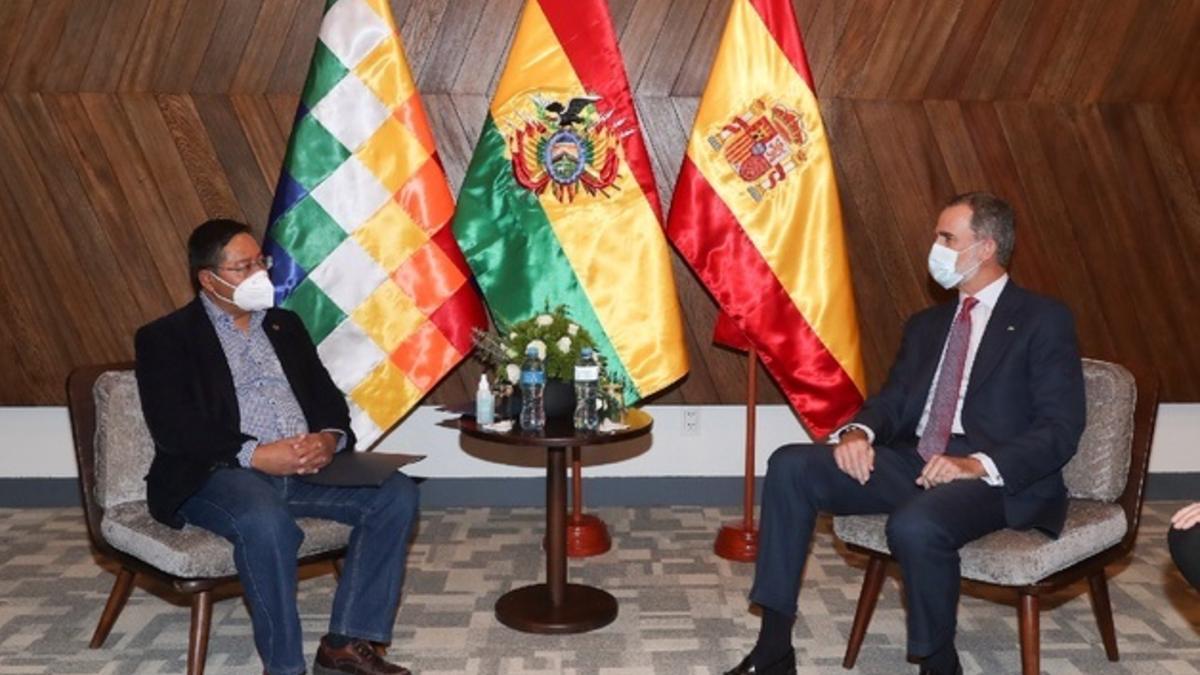 El presidente electo de Bolivia, Luis Arce, y El Rey de España, Felipe VI. Foto: EP