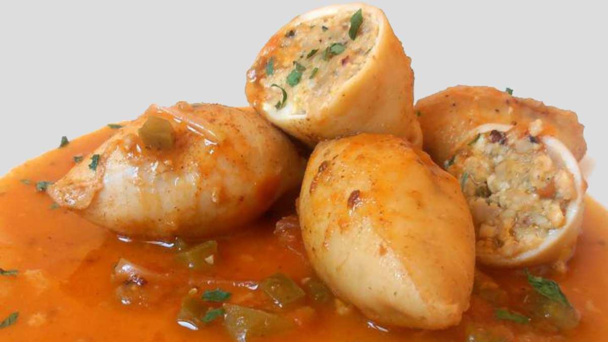 Receta de Calamar relleno de carabineros en salsa americana