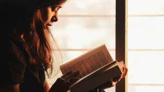 La lectura puede ser de gran ayuda al dejar de fumar