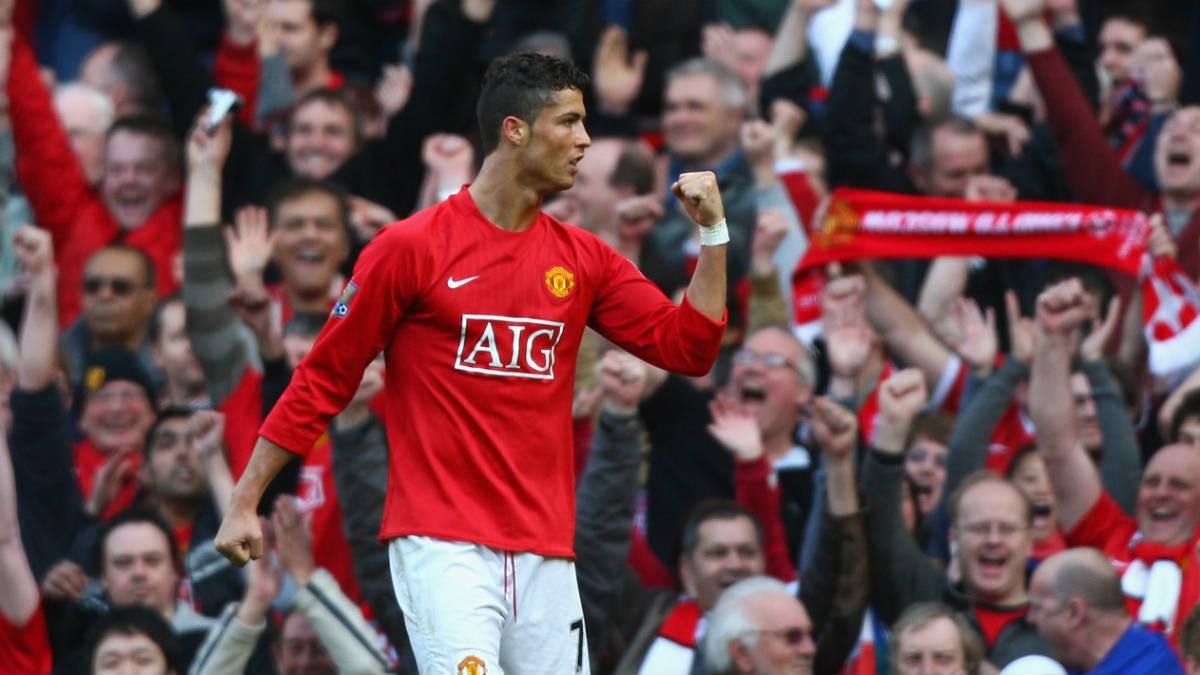 Cristiano Ronaldo celebra un gol con el Manchester United. (Getty)