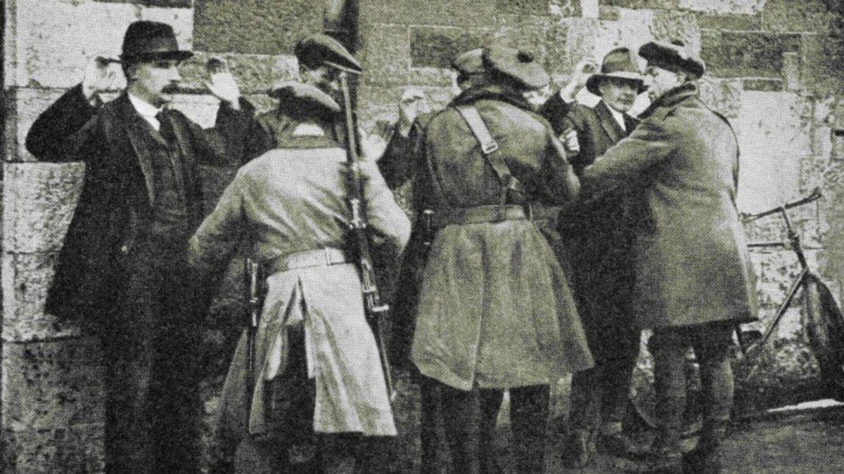 El 21 de noviembre de 1920 se produce el Domingo Sangriento en Dublín