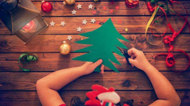 hacer árbol Navidad papel