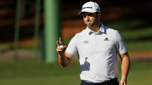 Jon Rahm sigue con opciones de ganar en Augusta. (AFP)