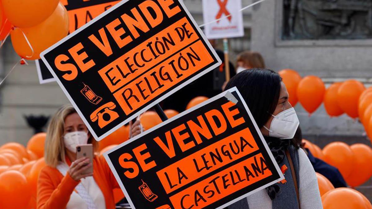 El Gobierno consuma el ataque al castellano al aprobar en comisión la Ley Celaá