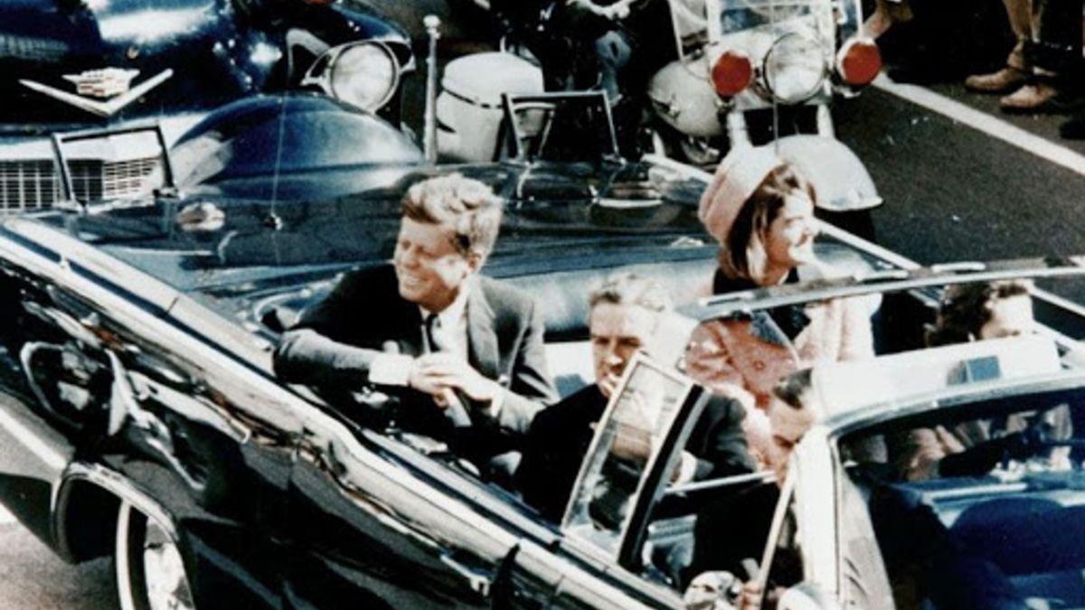 El 22 de noviembre de 1963 es asesinado el presidente de Estados Unidos, John F. Kennedy