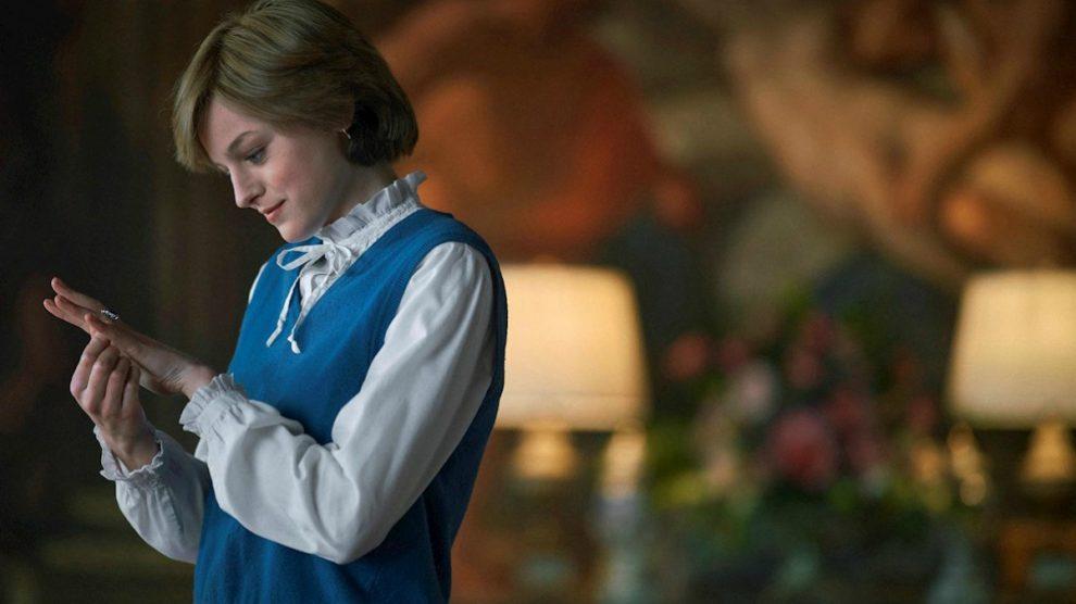 Emma Corrin como Lady Di en en 'The Crown'.
