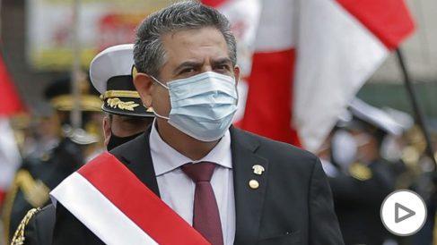 Manuel Merino presenta su renuncia como presidente de Perú tras las protestas