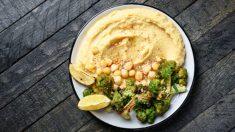 Hummus de brócoli casero fácil de preparar