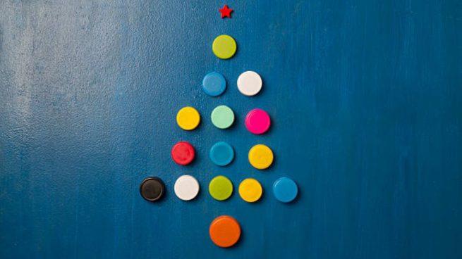 adornos navideños tapones plástico