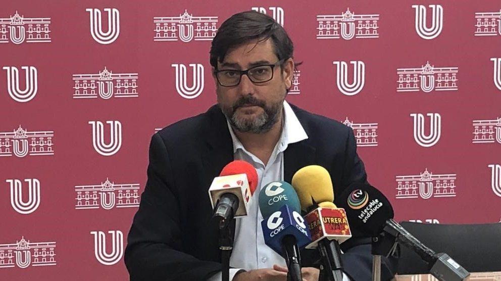 Alcalde de Utrera, José María Villalobos.