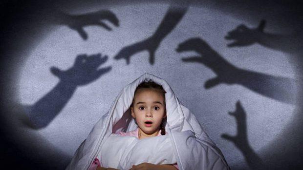 Miedo a la oscuridad en los niños: cómo afrontarlo y solucionarlo de forma eficaz