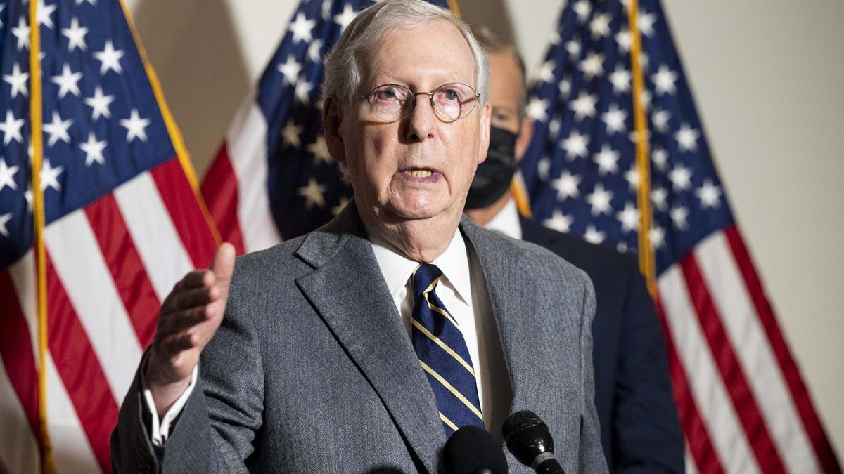 El líder de la mayoría republicana en el Senado de Estados Unidos, Mitch McConnell. Foto: EP