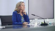 Calviño anuncia un recorte de la emisión de deuda prevista para 2021 por la mayor recaudación