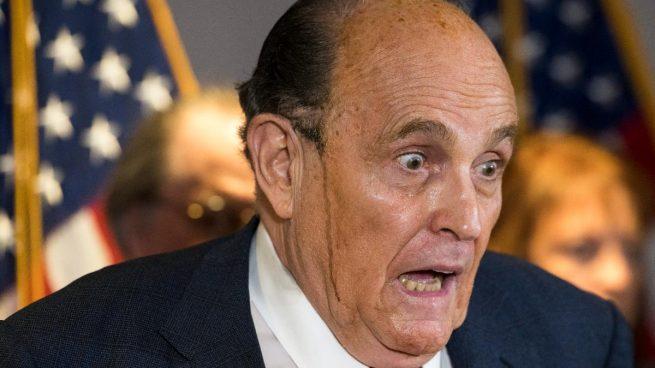 Youtube bloquea la monetización del canal de Rudy Giuliani por hablar de fraude electoral en EEUU