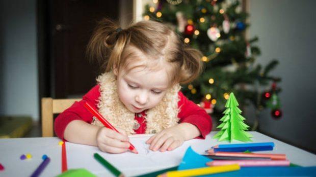 Navidad 2020: 5 manualidades fáciles que podemos hacer con niños pequeños