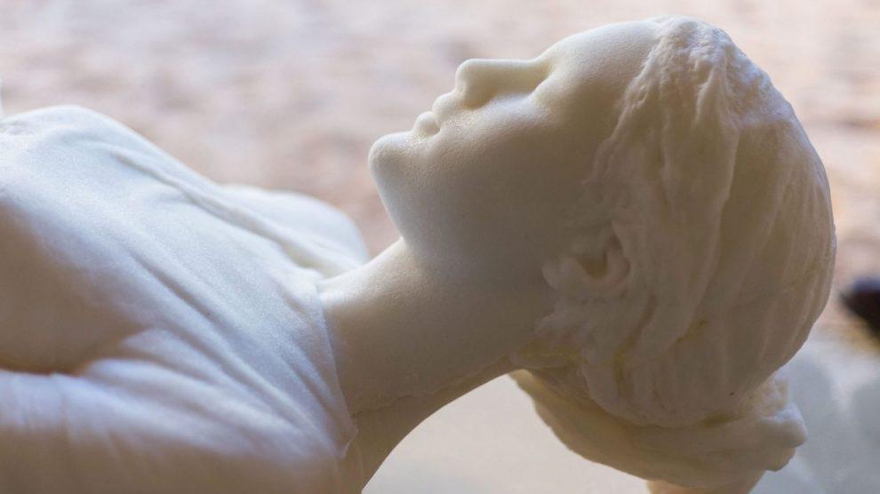 Una de las esculturas de la instalación Mujeres de Lot, de Javier Viver. @MANUELCASTELLS