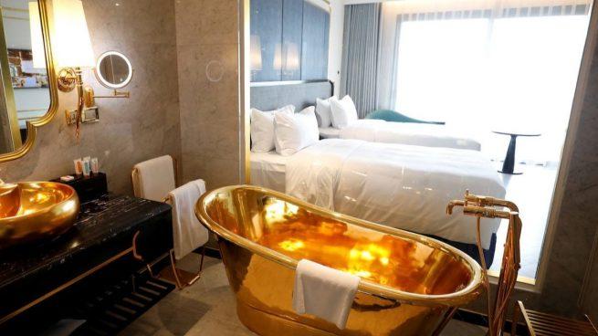Hotel recubierto de oro