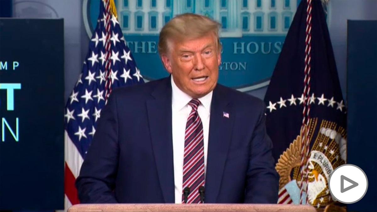 Trump acusa a Pfizer de conspiración por publicar los datos de eficacia después de las elecciones.