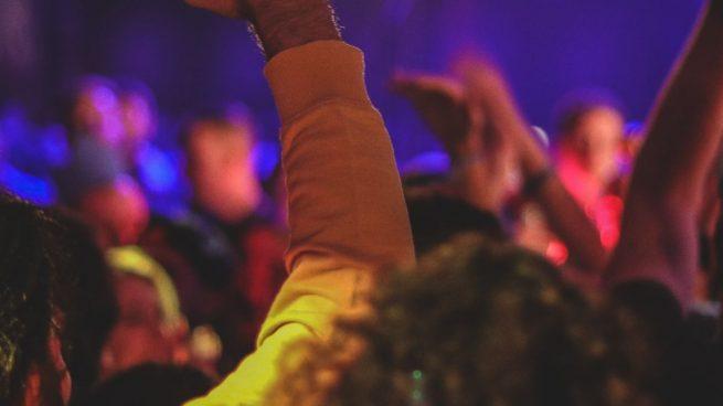 Mueren siete personas en una fiesta tras beber gel hidroalcohólico