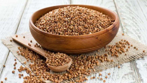 Hinojo y trigo con setas