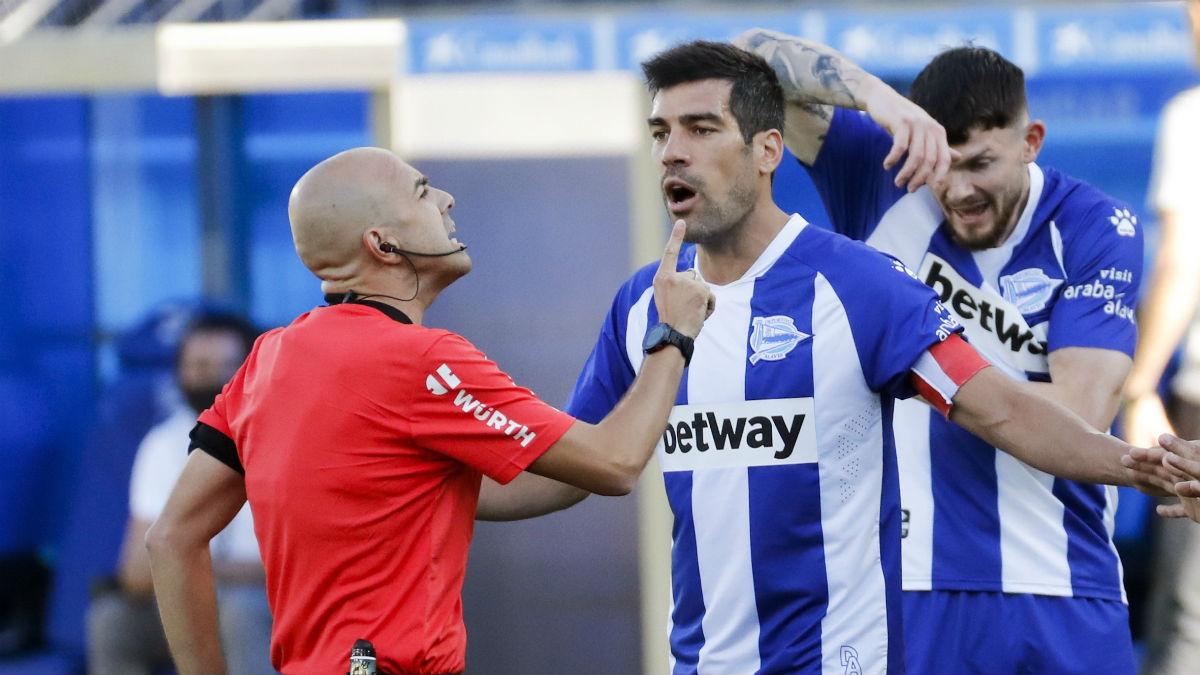 Manu García, en un partido con el Alavés. (EFE)
