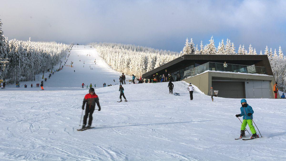 Puente de diciembre para esquiar