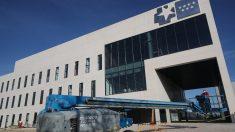 Maquinaría de obra en el Hospital de Emergencias de la Comunidad de Madrid, el Hospital Isabel Zendal. Foto: EP