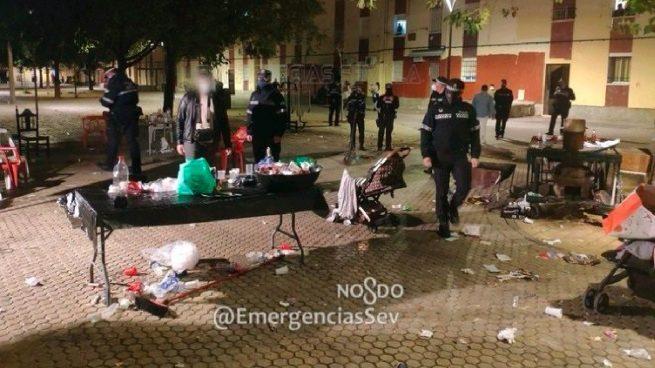 Fiesta de 50 personas en las Tres Mil Viviendas de Sevilla, especialmente golpeada por el Covid