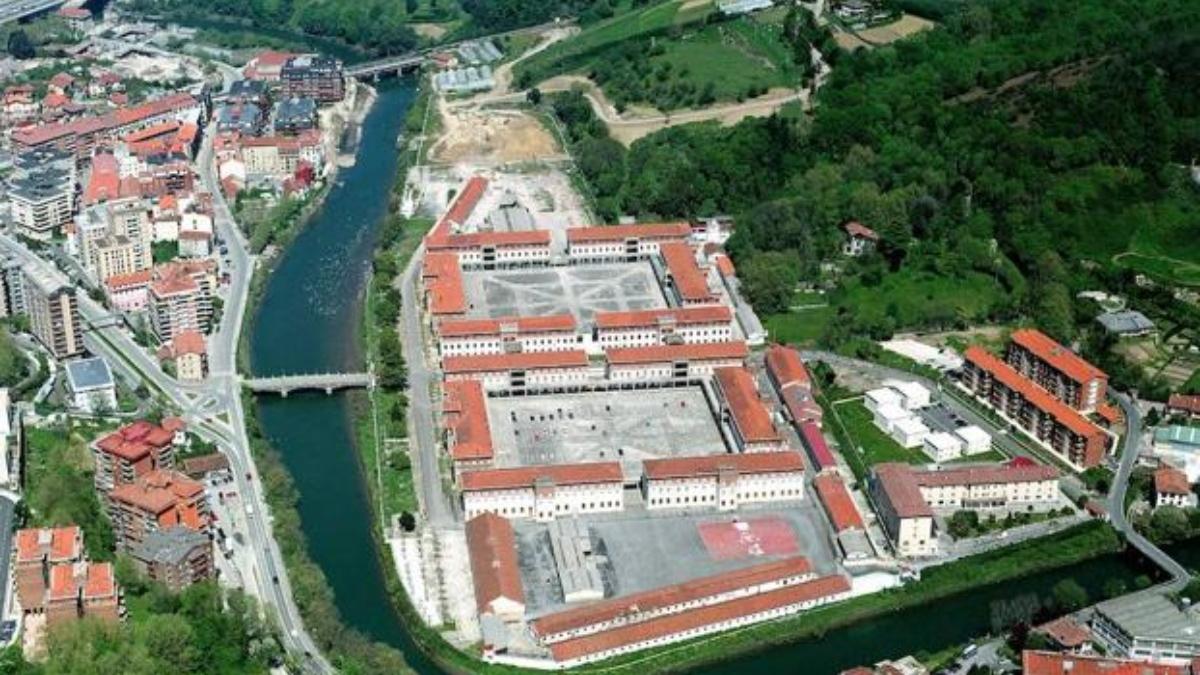 Vista aérea del cuartel de Loyola, en San Sebastián.