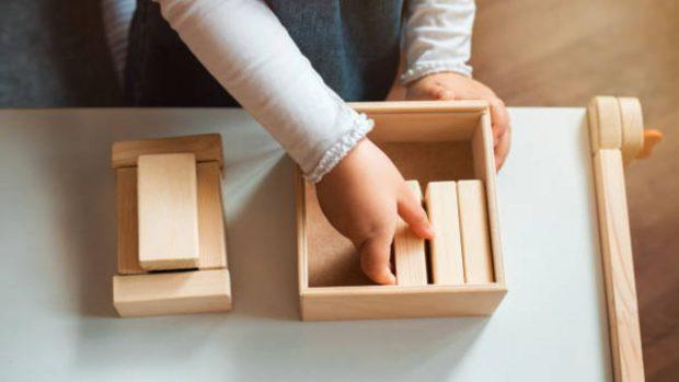 Juguetes de madera: Ideas ecológicas para regalar a los niños en Navidad