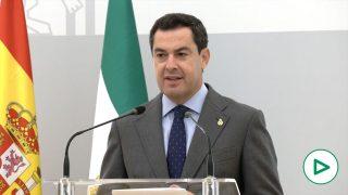 Juanma Moreno, presidente de Andalucía, durante el comité de expertos.