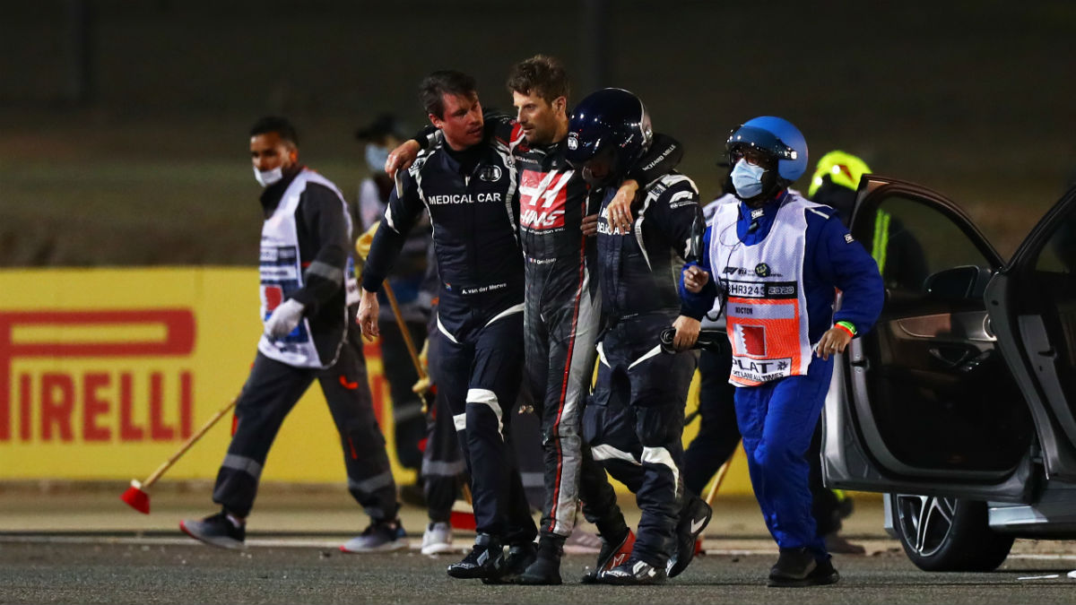 Romain Grosjean, instantes después del accidente. (@F1)