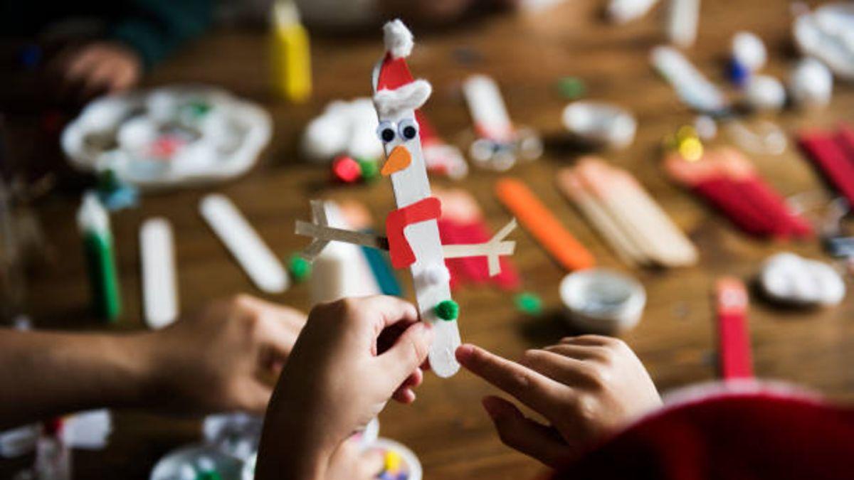 Cómo hacer todo tipo de manualidades de Navidad con los niños en casa