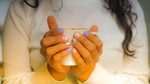 Las uñas lucen mucho más bonitas cuando están sanas y fuertes