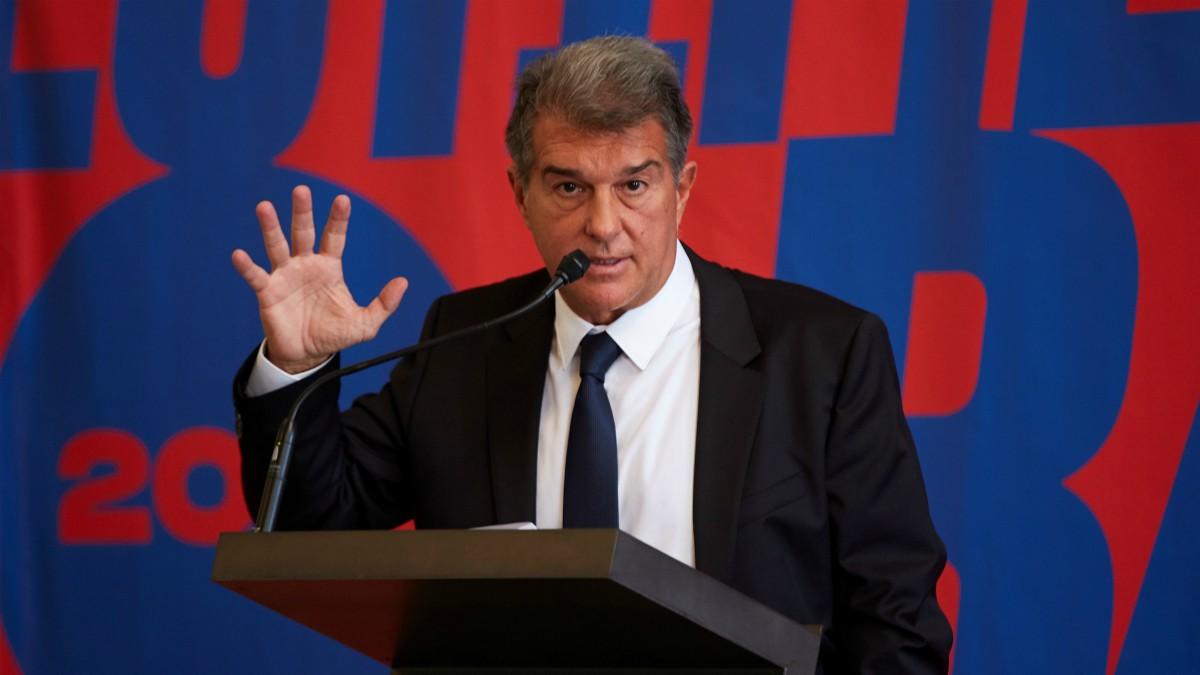 Joan Laporta durante la presentación de su candidatura a la presidencia del Barcelona. (EFE)