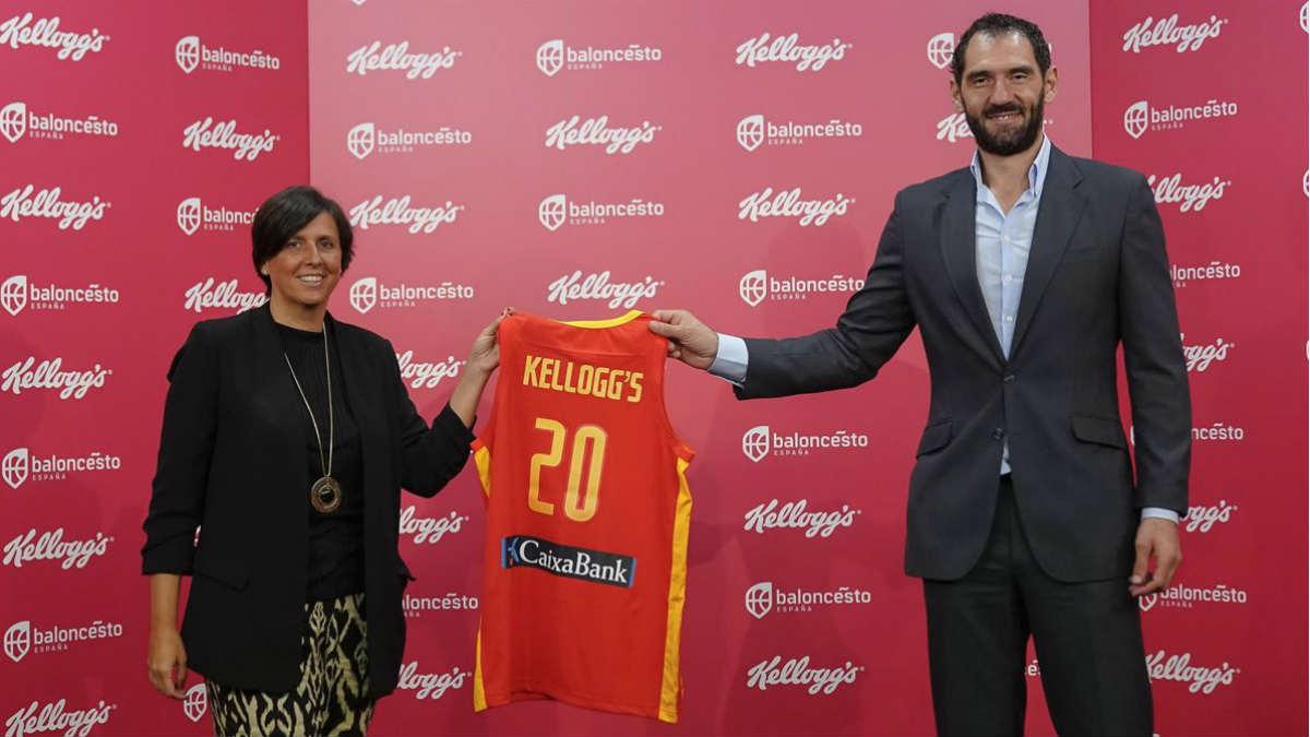 Susana Entero, presidenta de Kellogg España, junto con Jorge Garbajosa, presidente de la Federación Española de Baloncesto