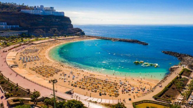 El Covid-19 arrasa el mercado de Baleares y Canarias: 7.500 operaciones de compraventa menos en 2020
