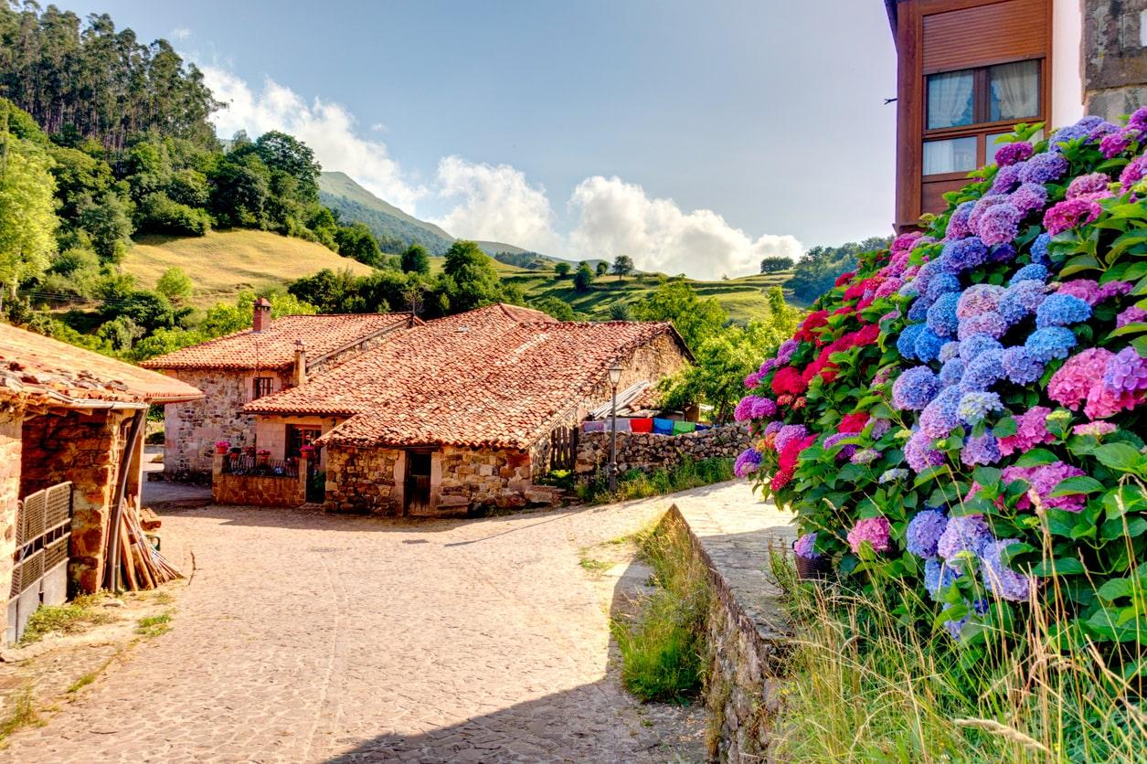 Carmona (Cantabria) @Istock