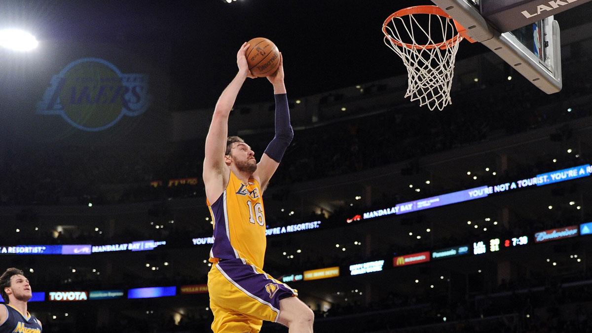 Pau Gasol en su etapa en Los Lakers (AFP)