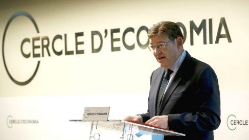 El presidente de la Generalitat valenciana, el socialista Ximo Puig, durante su conferencia en el Círculo de Economía en Barcelona. (Foto: Efe)