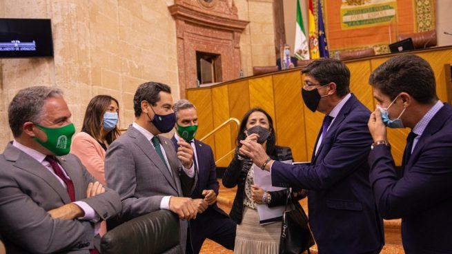 Juanma Moreno, Juan Marín, Elías Bendodo y más consejeros de la Junta de Andalucía.