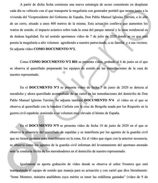 Fragmento de la querella interpuesta por Pablo Iglesias a un ciudadano que se manifiesta pacíficamente frente a su casoplón de Galapagar.