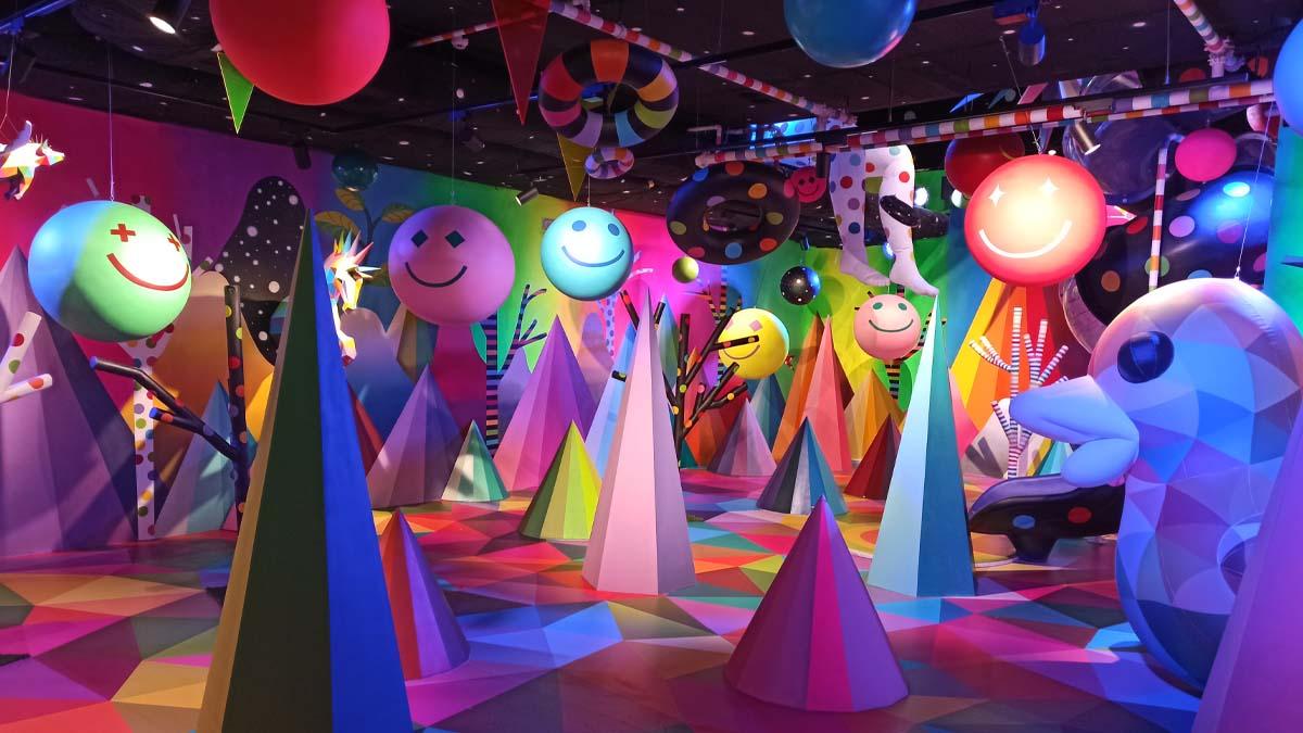 La sala del museo de la golosina 'Sweet Space' ideada por el artista Okuda.
