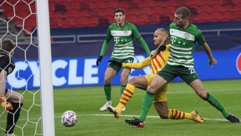 Martin Braithwaite en su partido ante el Ferencvaros. (AFP)