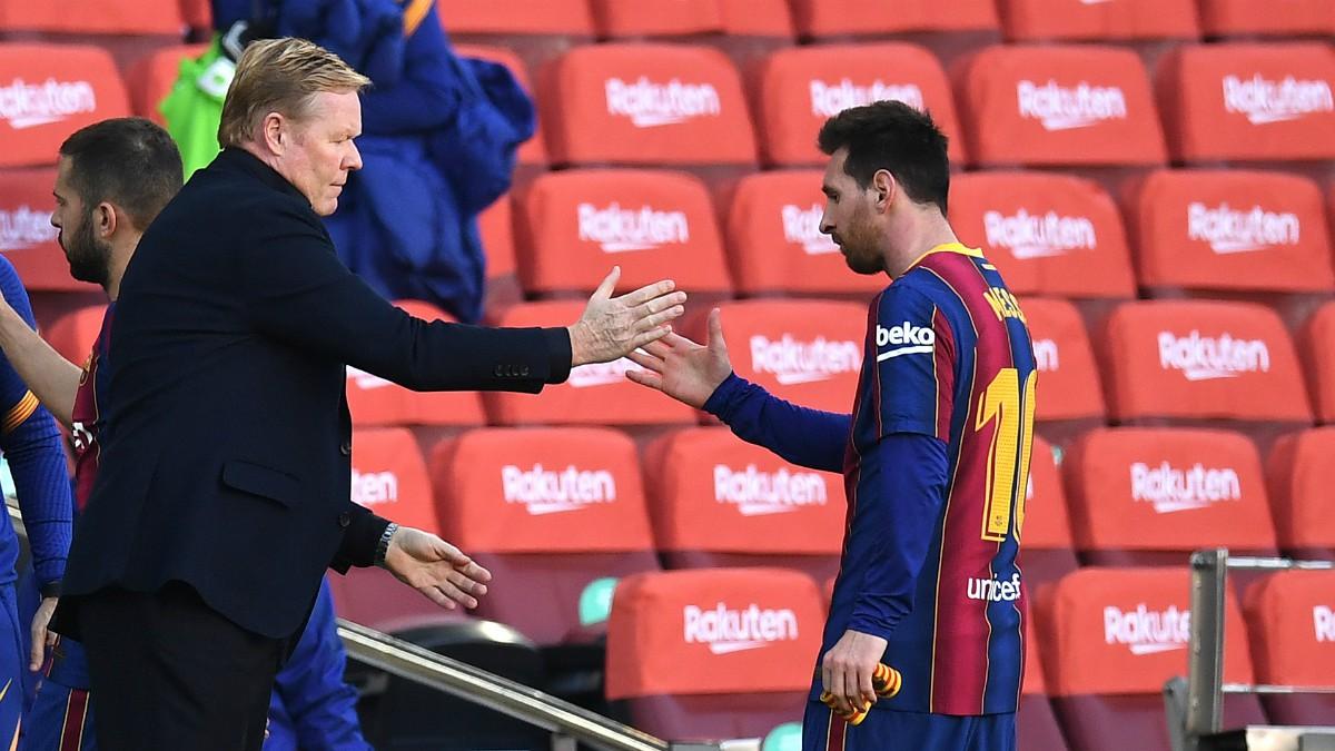 Koeman y Messi se saludan. (Getty)