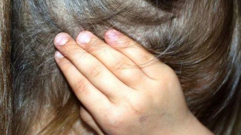 ¿Cuáles son los remedios caseros para el dolor de oídos?