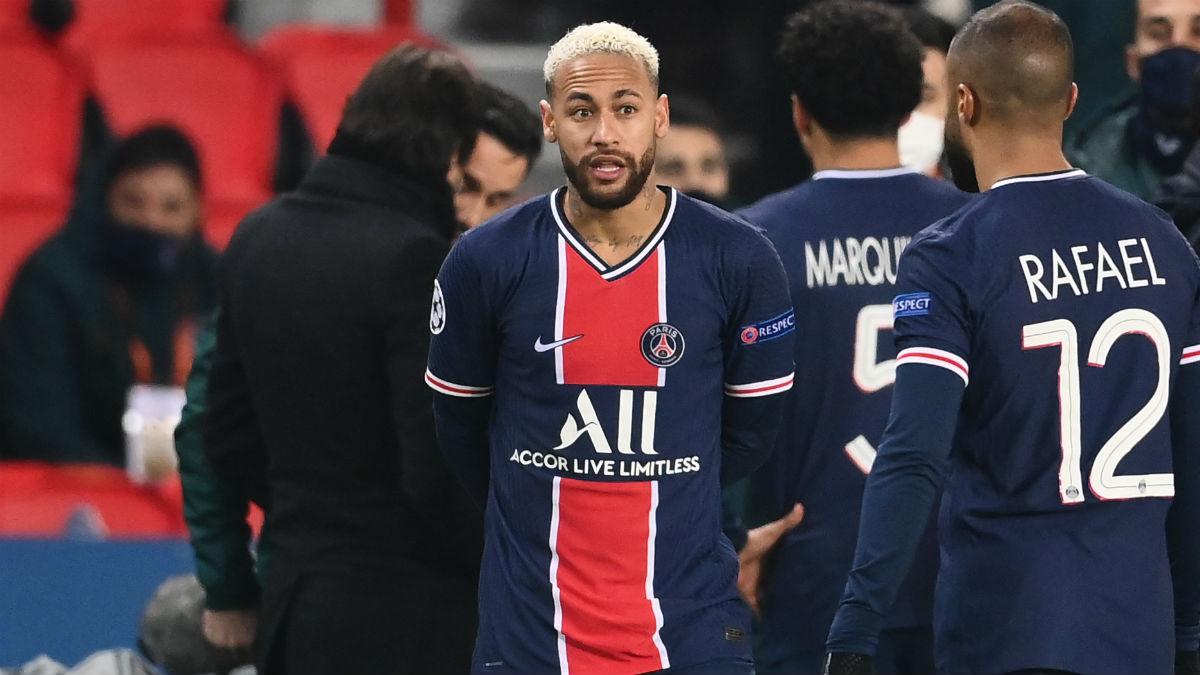 Neymar, en el partido contra el Basaksehir. (AFP)
