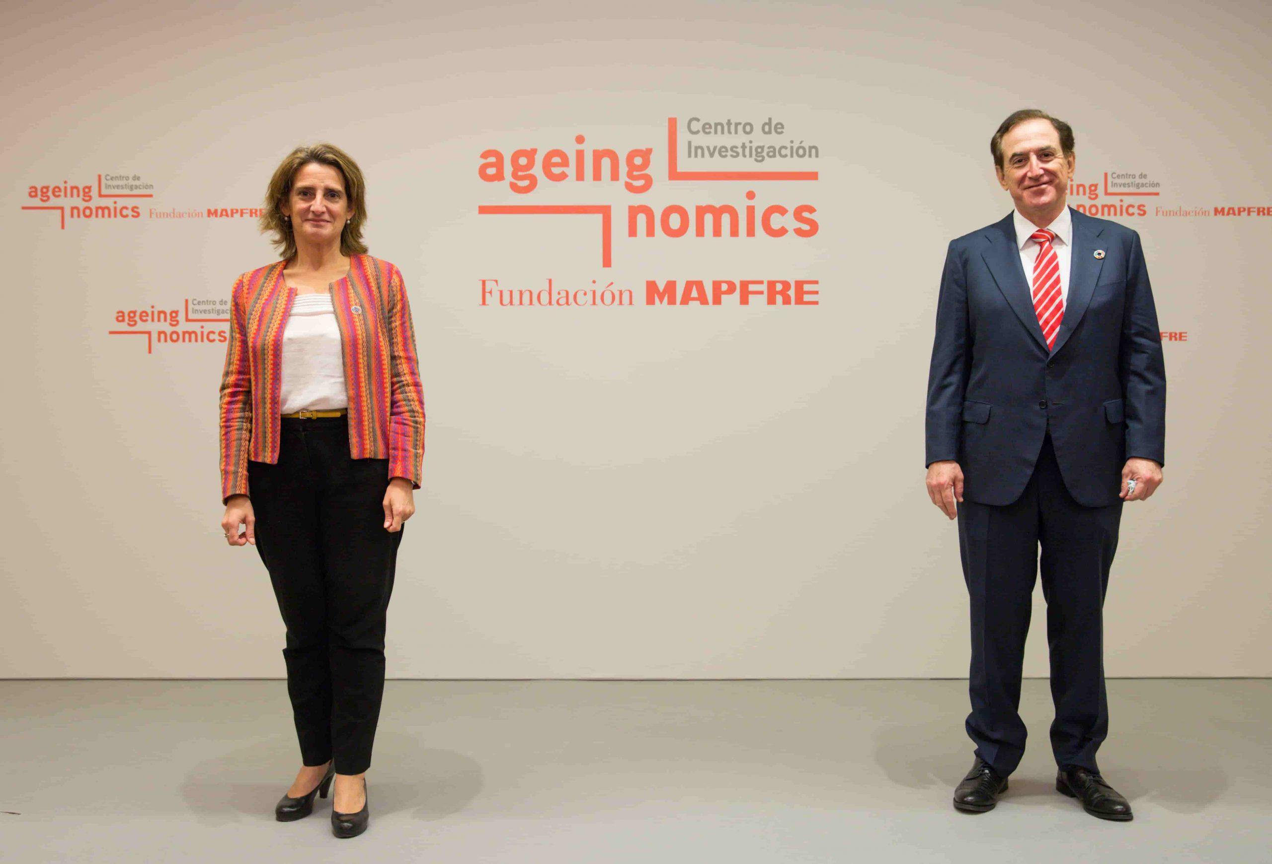 Teresa Ribera, ministra de Transición Ecológica y Reto Demográfico, junto a Antonio Huertas, presidente de MAPFRE. @MAPFRE